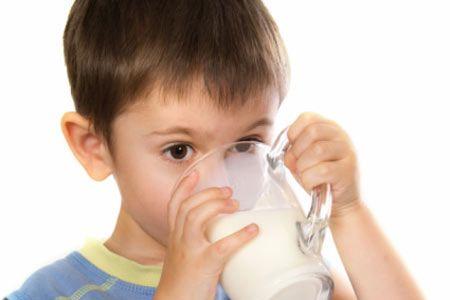 अध्ययन भन्छ- 'स्वस्थ दूधले बच्चाहरुमा मोटोपनको जोखिम कम'