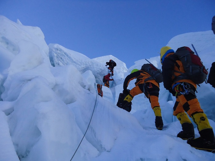 Way cleared for this season's expeditions to Mt Everest