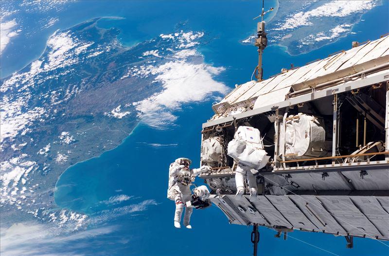 अन्तरिक्ष स्टेशन पर्यटकका लागि खुल्ला गर्ने नासाको घोषणा