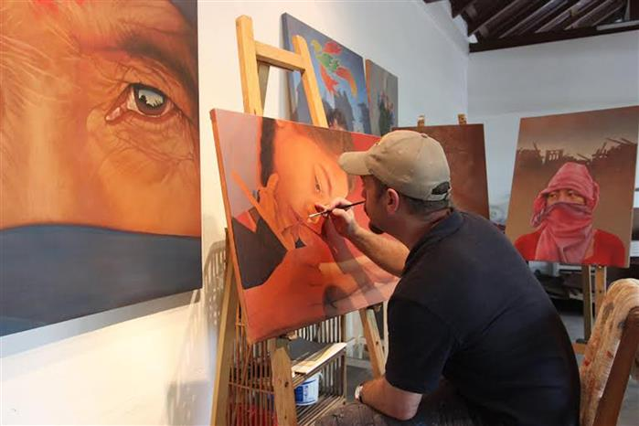 Definition of art should not fence or confine art
