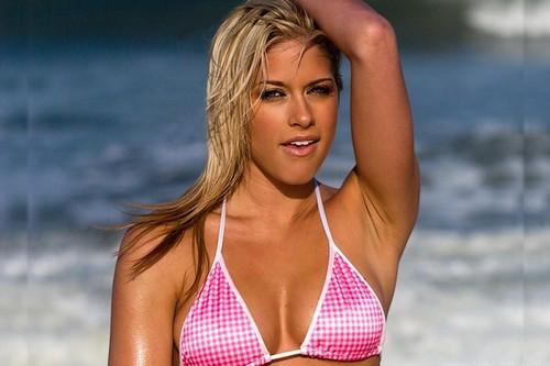 Kelly-Kelly-Hot-Look