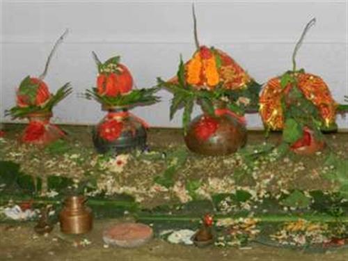 नवरात्र शुरु : घरघरमा वैदिक विधिपूर्वक दियो, कलश र गणेश स्थापना गरी घटस्थापना मनाइदै