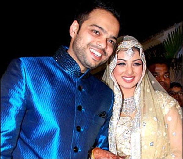 Ayesha Takia and Farhan Aajmi