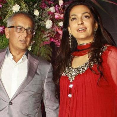 juhi chawala with husband