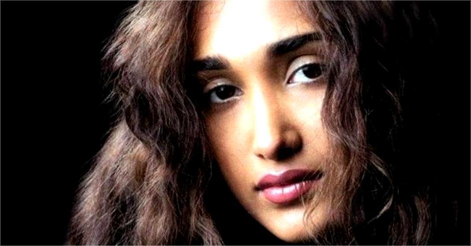 jiya khan face