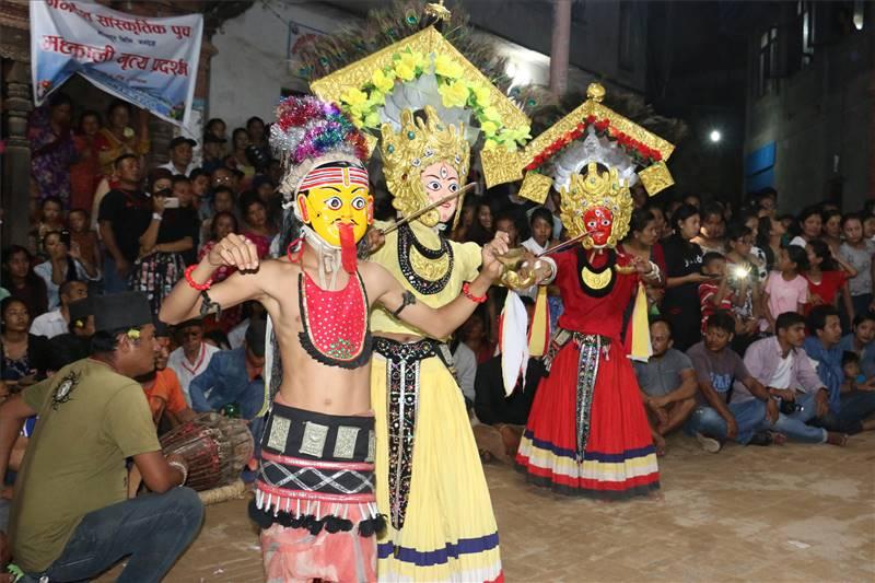 Mahakali nach thimi1
