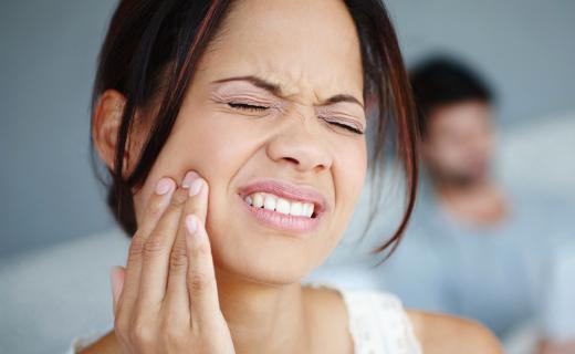 आलुले १ मिनेटमै निको पार्छ दाँतको दुखाई, जान्नुस् ५ घरेलु उपाय