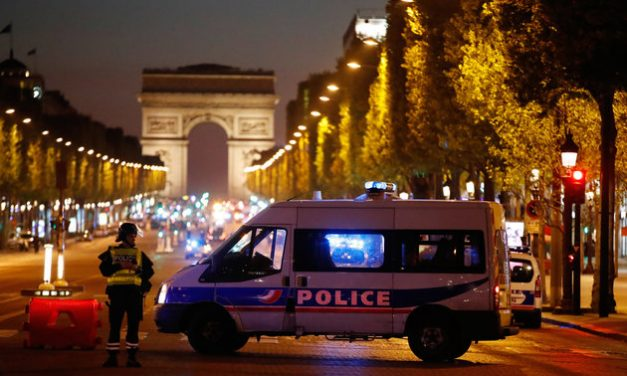 One police officer killed, two injured in Paris shooting