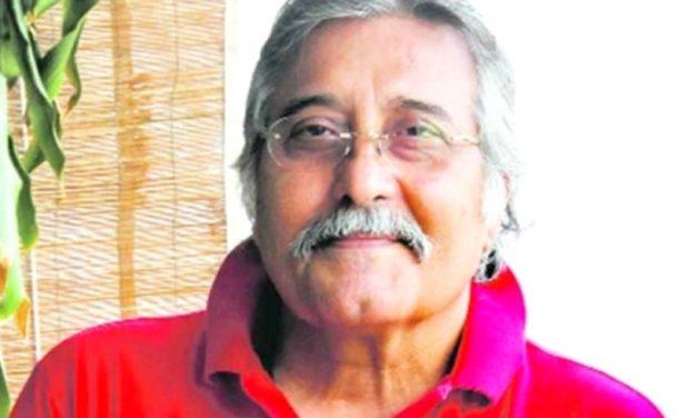 बलिउड नायक विनोद खन्नाको निधन