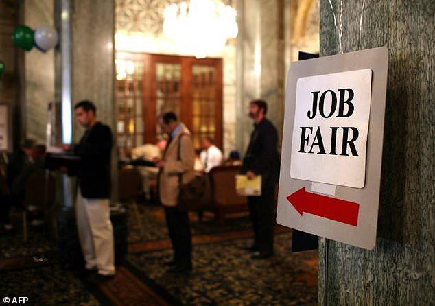 अगस्तमा अमेरिकी बेरोजगार दरमा ४.४ प्रतिशतले वृद्धि