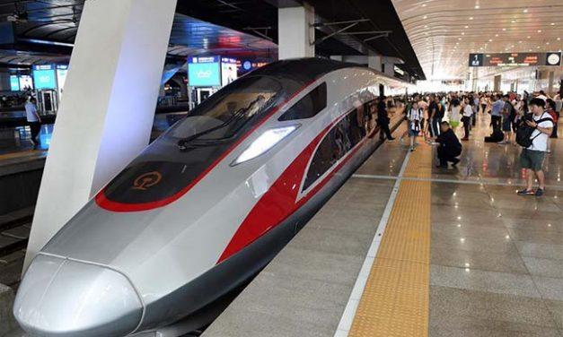 यस्तो छ चीनको बुलेट ट्रेन (फोटो फिचर)