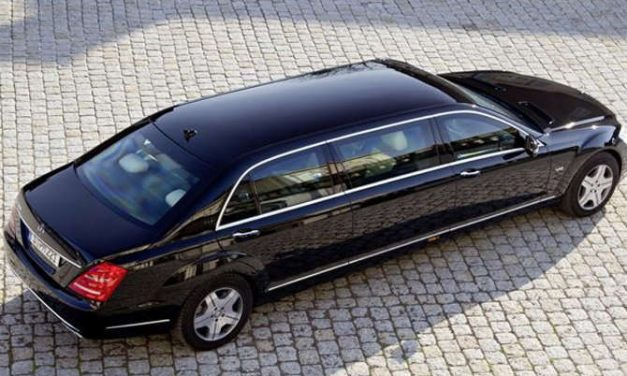 यस्तो छ भारतीय राष्ट्रपति चढ्ने मर्सिडिज कार , पञ्चर हुँदा पनि दौडिन्छ ८० किमीको स्पीडमा