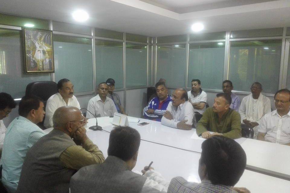 राप्रपा बैठक: संसोधनको विषयमा यस्तो निर्णय गर्दै