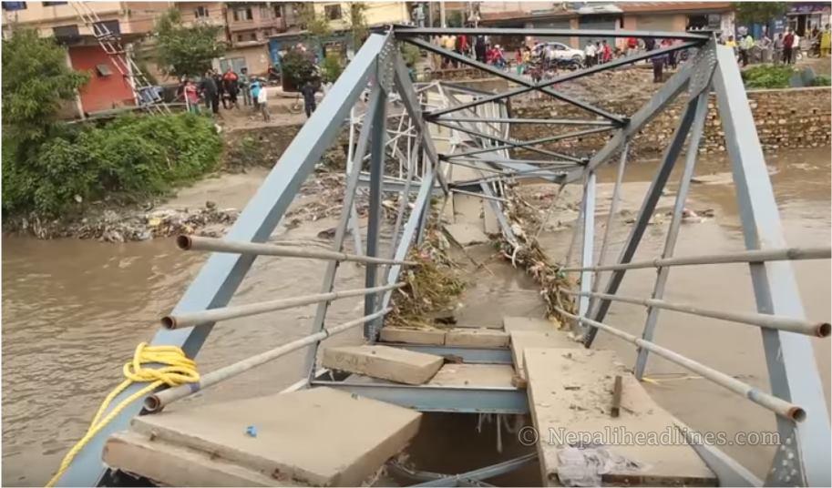 बनाउँदा बनाउँदै राजधानीको पुल भत्केपछि…