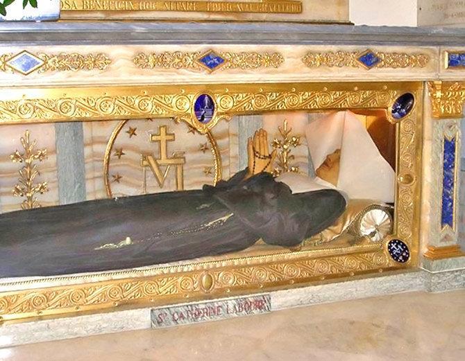 पत्याउनै गाह्रो, १ सय ४१ वर्षपछि पनि मृत शरीर जस्ताको तस्तै…