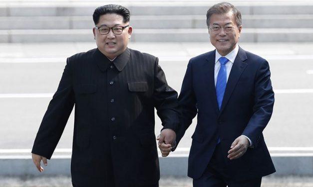तपाइँहरु जेसुके गर्नुस् भन्दै फर्किए उत्तर कोरियाली कर्मचारी