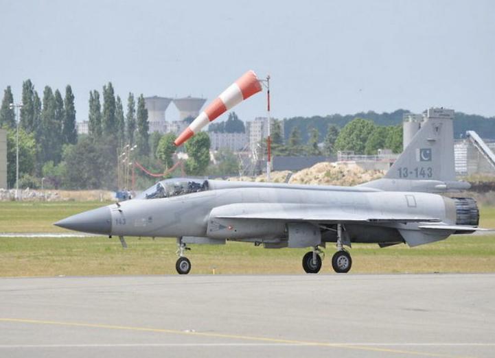 भारतीय सीमामा पाकिस्तानी फाइटर विमान