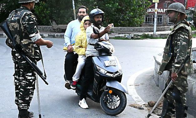 जम्मू–कश्मीरको अवस्था सामान्य भए पूर्वमुख्यमन्त्रीको छोरी किन नजरबन्द ?