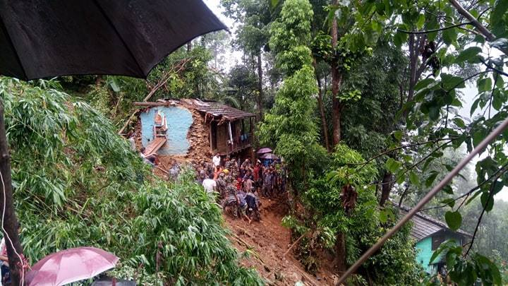 पहिरोले पिरल्यो जनजीवनः १० घर विस्थापित, २० घर जोखिममा