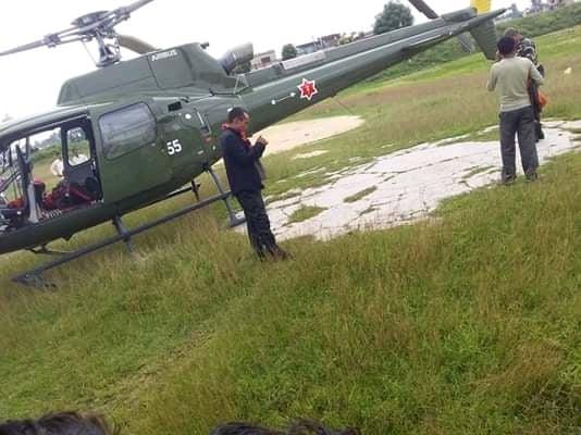 दुई दिनदेखि व्यथा लागेकी सुत्केरीको हेलिकप्टरद्वारा उद्धार