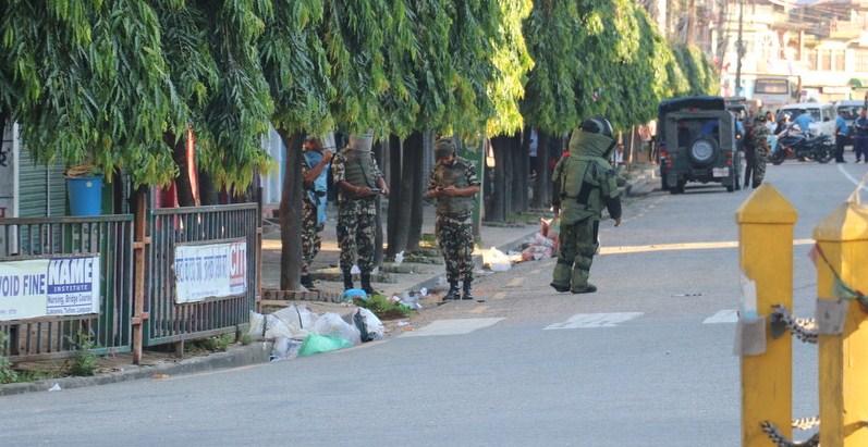 संविधान दिवसको र्याली निस्कने बाटैमा बम भेटियो
