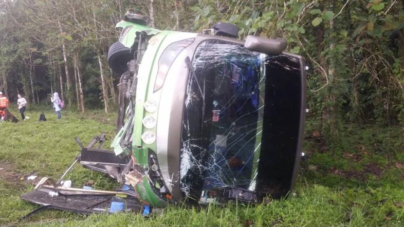मलेसियामा एकाबिहानै बस दुर्घटना, नेपालीसहित १४ जनाको मृत्यु