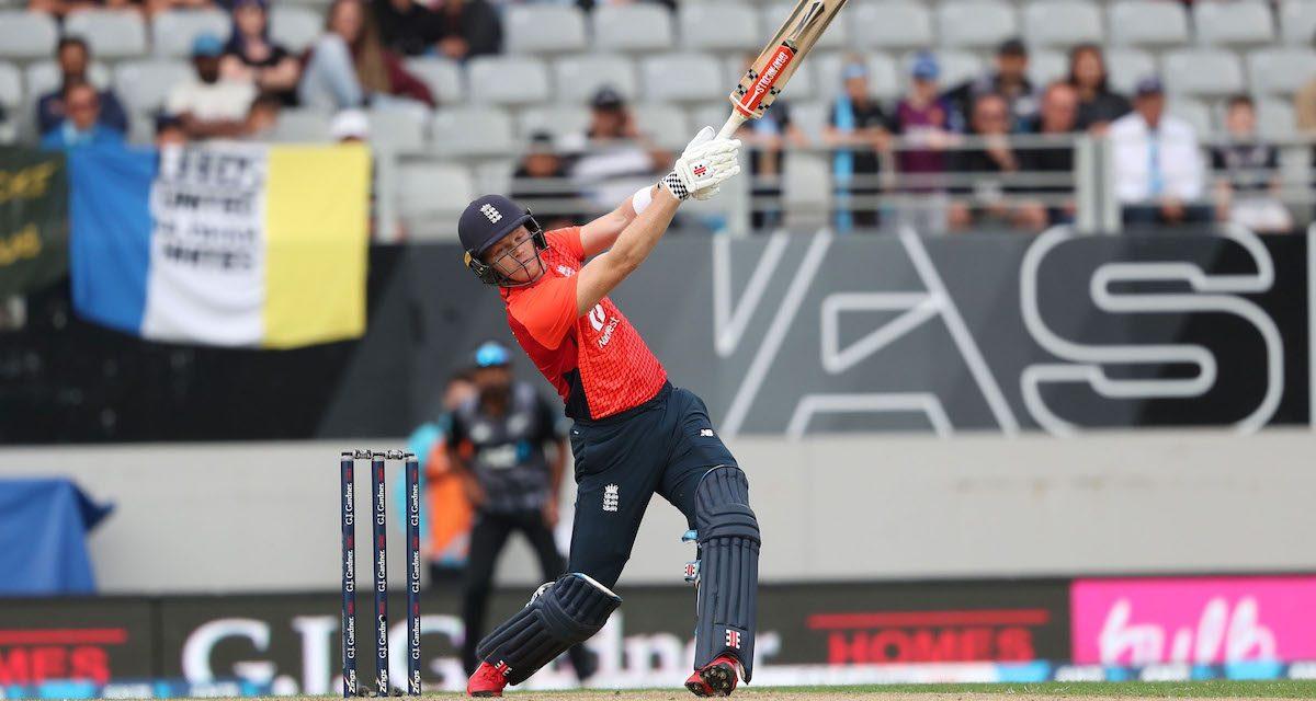 इङ्ल्याण्डले जित्यो टी२० शृंखला, सुपरओभरमा विजयी