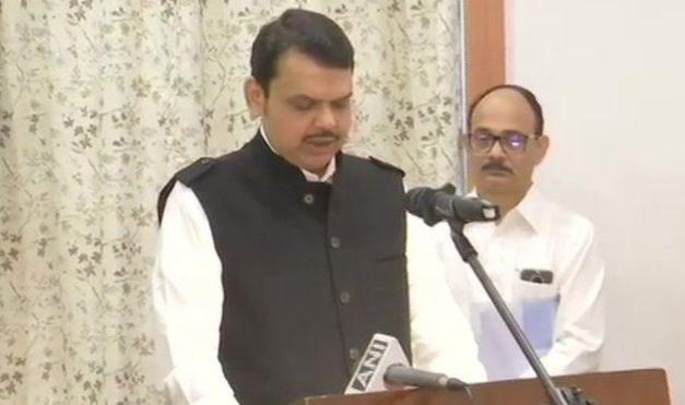 भारतको महाराष्ट्रमा ठुलो राजनैतिक उलटफेर